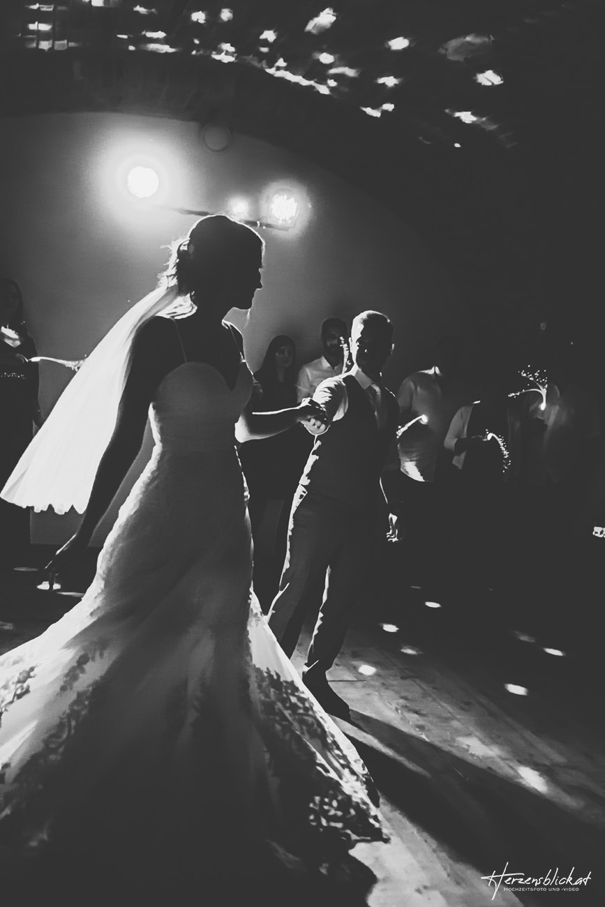 Brautpaar Eröffnungstanz